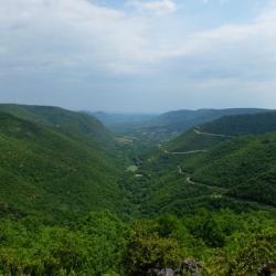 Panorama depuis le site de la grotte de Labeil